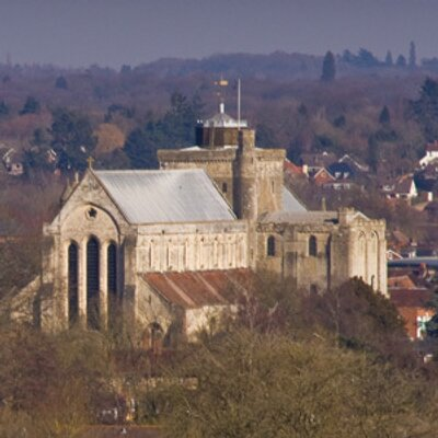 romsey-abbey_400x400